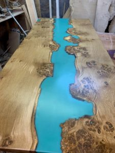 resin-river-table